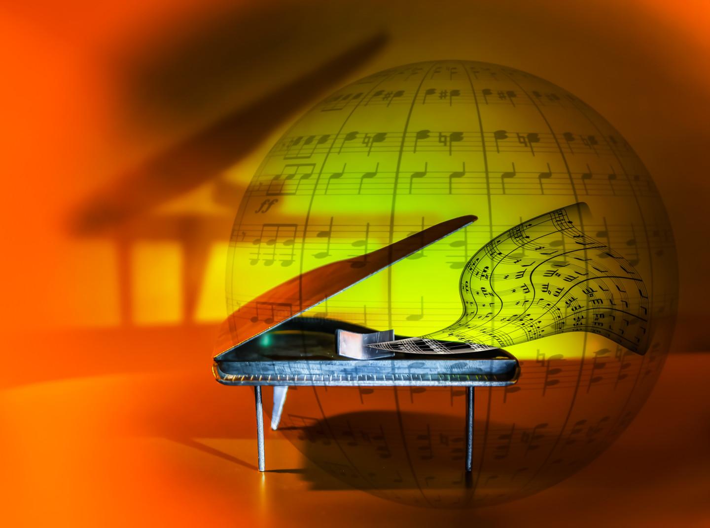 Blaise Lavenex - LE PIANO MAGIQUE UNIVERSEL
