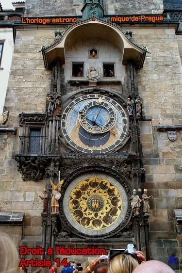 EUROPE, ARTICLE 14, L'HORLOGE ASTRONOMIQUE,PRAGUE,